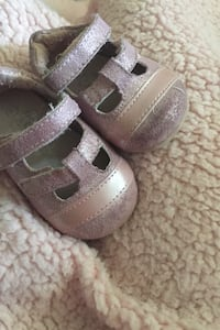 Baby shoes size 2 Kitchener, N2C 2J4
