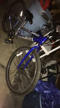 blue and white Schwinn hardtail mountain bike Brooklyn, 44144