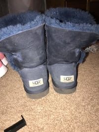 Bailey Button Blue Uggs Salem, 97304