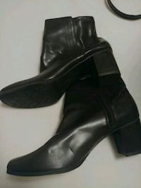 pair of black leather boots Westwego, 70094
