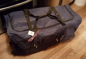 """Rockland 40"""" Rolling Duffle Bag, New"""