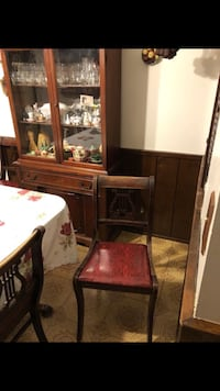 Dining room table/China Hutch  Chino, 91710