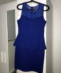 Blue dress Markham, L3T
