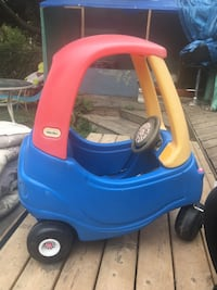 blue and red Little Tikes cozy coupe Toronto, M2M 1N9