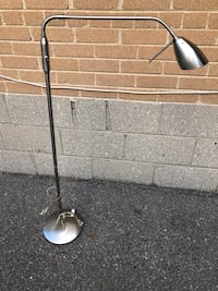 $20 for big desktop light Toronto, M9W 2A3