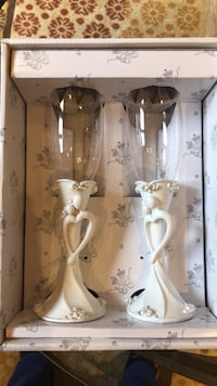 white and pink floral ceramic candle holders Pickering, L1V 3H8