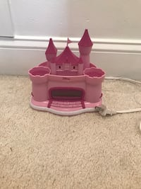 Disney castle alarm clock and radio Dunn Loring, 22027