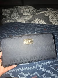 Michael Kors Wallet. Like new condition