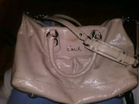 COACH purse (Mint condition) Edmonton, T5B 4A3