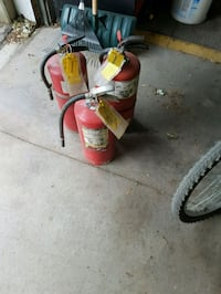 20 lb fire extinguishers  have 3 Simcoe County, L9R 1V4