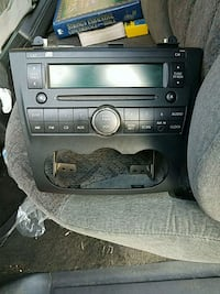 Radio and mount for 2010 Nissan Altima Newport News, 23608