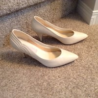 Ladies cream pumps, New Directions, size 8 1/2 Edmonton, T6W