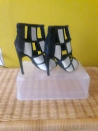 Black and white peep-toe heels/Never been worn, size 6, 4.5 in. Alexandria, 22312