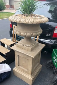 Planter & Stand. Real Plant, Dirt & Pebbles Included. This is GORGEOUS but have no room for it! Made out of a slightly heavy light plaster type material. Cant do offers on this guys... seen similar for $250 at nurseries   Aurora, 80014