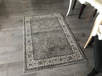 gray and white floral area rug 3121 km