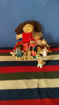 CABBAGE PATCH DOLLS 85 AND 86 A COUPLE EARLIER NO DATE