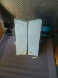 2 sets computer speakers $5 each