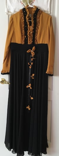 black and yellow floral long-sleeved dress Vaughan, L4H 3L3
