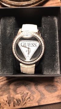 Guess Watch  Oakville, L6H 6T1