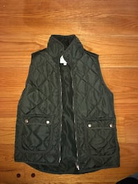 black zip-up bubble jacket Baltimore, 21218