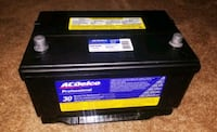 AC DELCO PROFESSIONAL CAR BATTERY