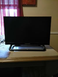 TV flat screen comes with remote 19 in