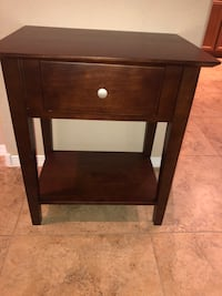 End table/night stand Las Vegas, 89166