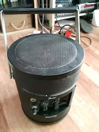 Fender portable amp can.   guitars / mic Bay Point, 94565