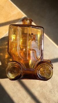 Glass car bottle with small chip Alexandria, 22315