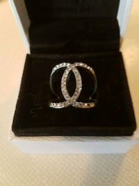 Gorgeous Chanel ring  Whitby, L1N 8X2