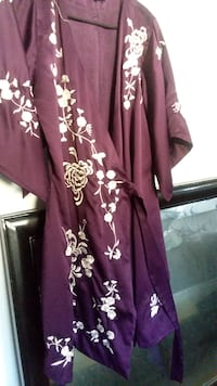 purple and white floral silk robe St Louis