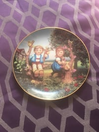 round white and blue ceramic decorative plate Nutley, 07110
