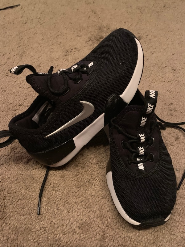 7f83f054b50 Used Black-and-white nike running shoes for sale - letgo