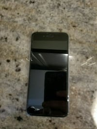 IPhone 6 cracked screen but works Oakville, L6M 0K6