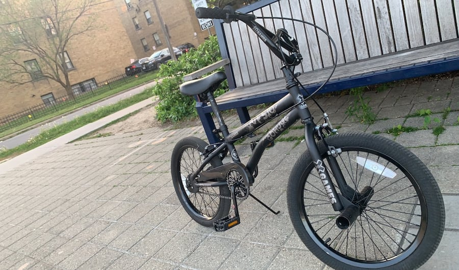 BMX good condition  Barely use  Pick up only 2