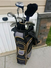 Gold clubs and cooler bag Edmonton, T6T 1H9
