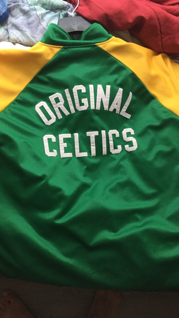 Used Green And Yellow Original Boston Celtics Jersey Shirt For Sale