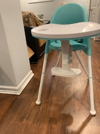 Toddler's dining chair / high chair