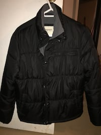 Black zip-up bubble jacket Saskatoon, S7L 6N9