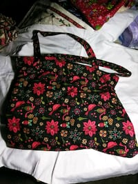 black and red floral tote bag Pensacola, 32526