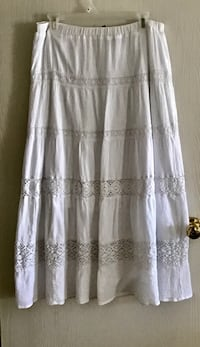 New Directions white cotton skirt PL Saint Augustine, 32086