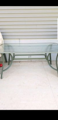 Patio table, 6 chairs, end table Prospect, 06712