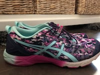 As new (worn once) women's asics ~ size 10 Surrey, V4N 6A2