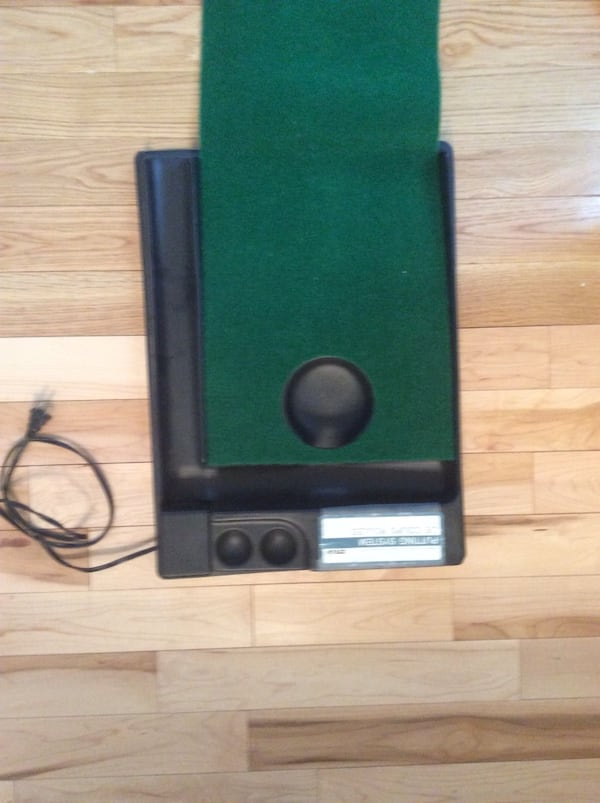 Golf putt putt practice anywhere! Great condition, used once, works great. Pickup in Falls Church . 187d1920-7ce2-4da0-9bac-1fa98531e9b7