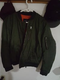 Medium size bomber jacket  Port Coquitlam, V3C 1N5