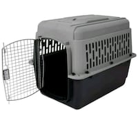 Medium sized dog crate  Coquitlam, V3J 3Y3