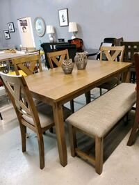 6 Piece Dining table chairs