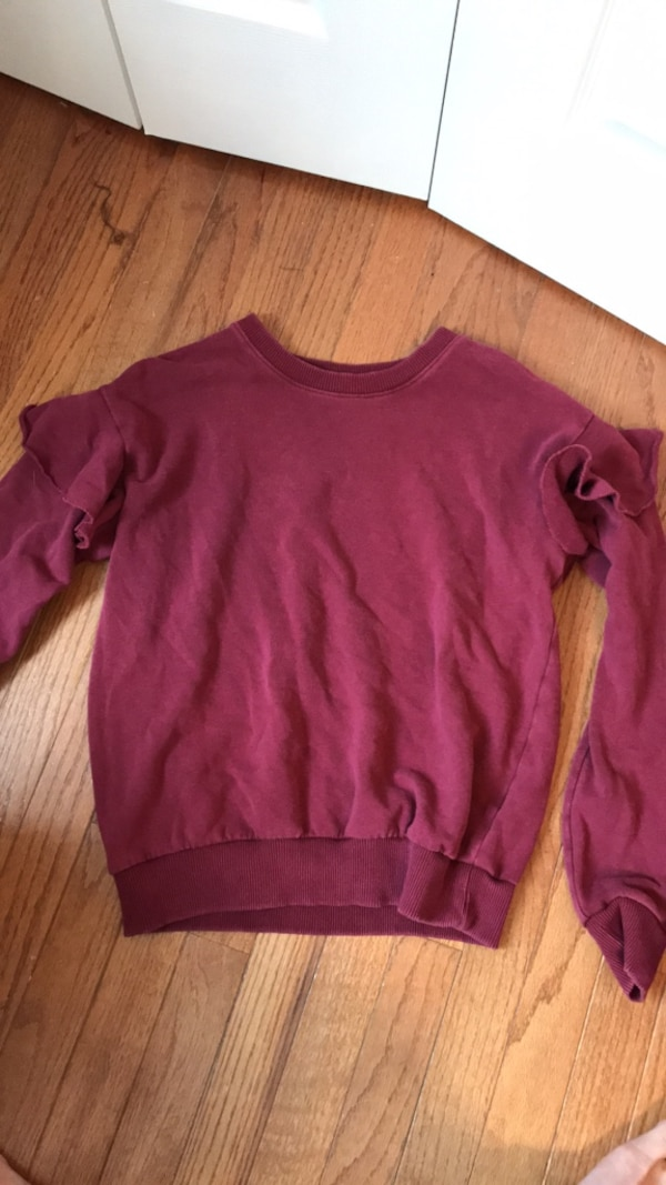 Aerie crew neck size small