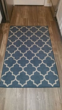 area rug & matching small rug Hilliard, 43026