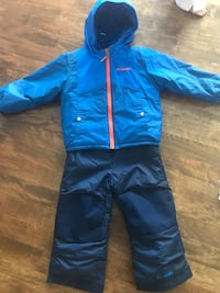 Columbia - boys snow suit 3T, reversible jacket, very clean, like new, asking $100 Côte-Saint-Luc, H4W 2L9